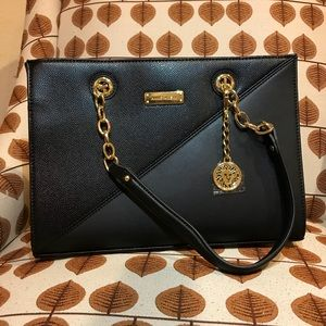 Brand New! Anne Klein Bag